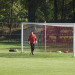 Piłka nożna – futbolówka, dookoła której kręci się kula ziemska